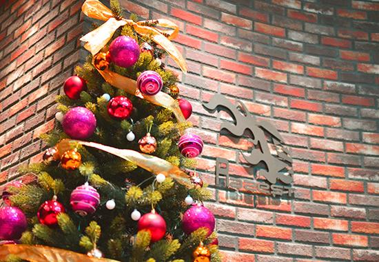 もうすぐクリスマス。オフィスもクリスマス一色♪
